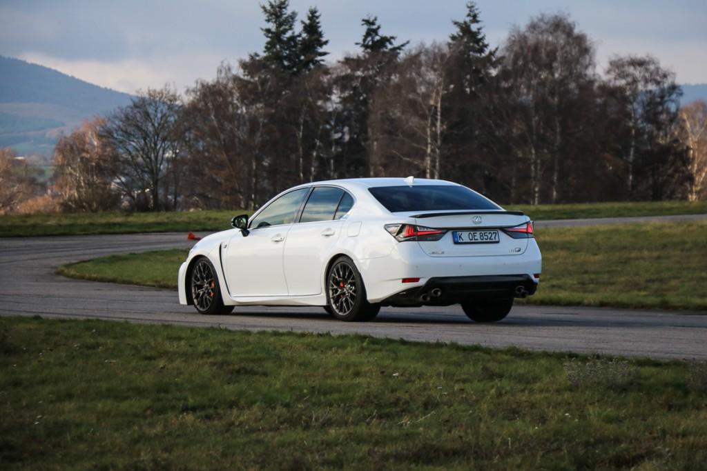 Lexus-GS-F-2016-Fahrbericht-Test-Jens-Stratmann-rad-ab-com-13