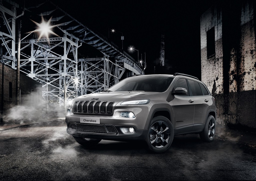 Jeep-Cherokee-Night-Eagle-2015-Rad-Ab-Com