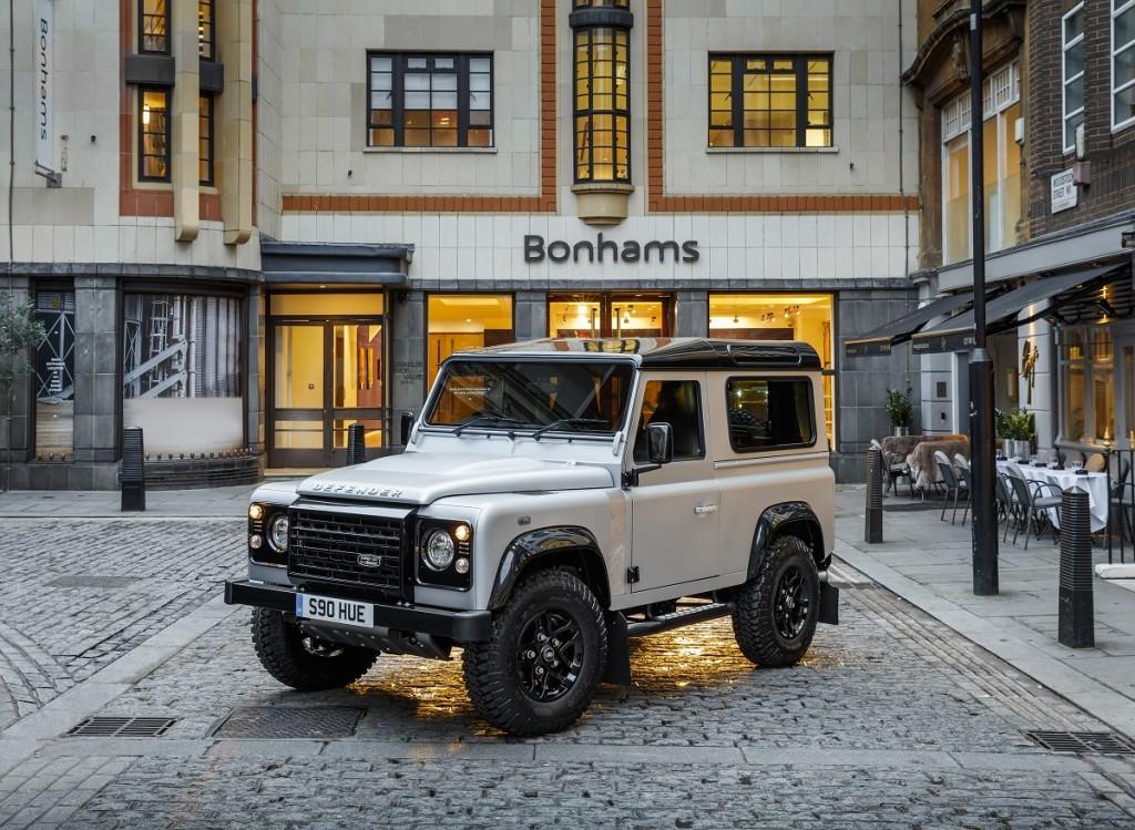 Rad-Ab-Land-Rover-Defender-Versteigerung