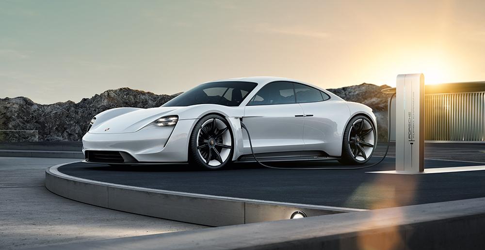 Rad-Ab-Porsche-Mission-E (1)