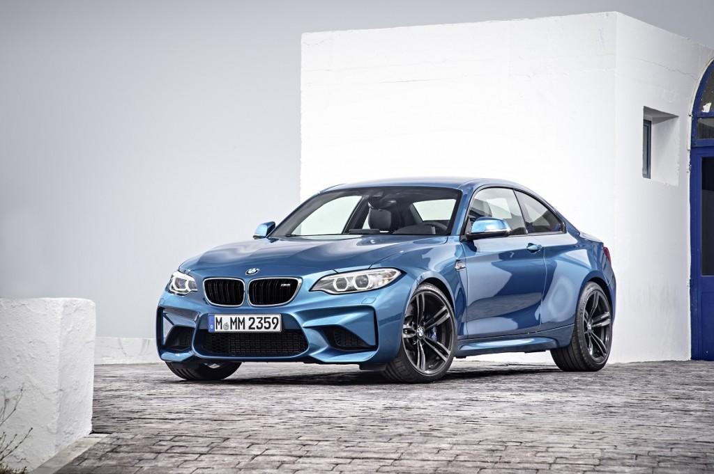 BMW-NAIAS-2016-M2-X4-M40i-Rad-Ab-Com (5)
