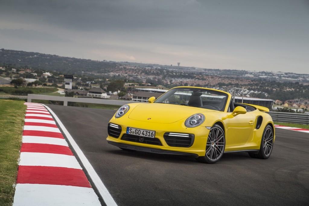 Porsche-911-Turbo-Cabrio-2016-Rad-Ab-Com (11)