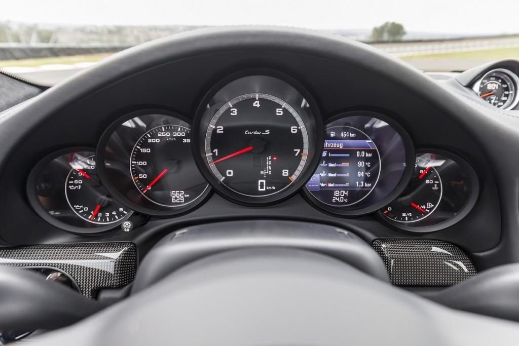 Porsche-911-Turbo-Cabrio-2016-Rad-Ab-Com (7)