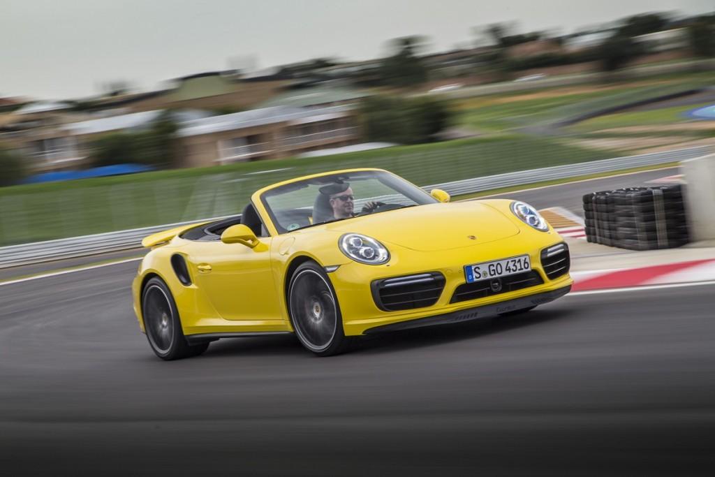 Porsche-911-Turbo-Cabrio-2016-Rad-Ab-Com (9)