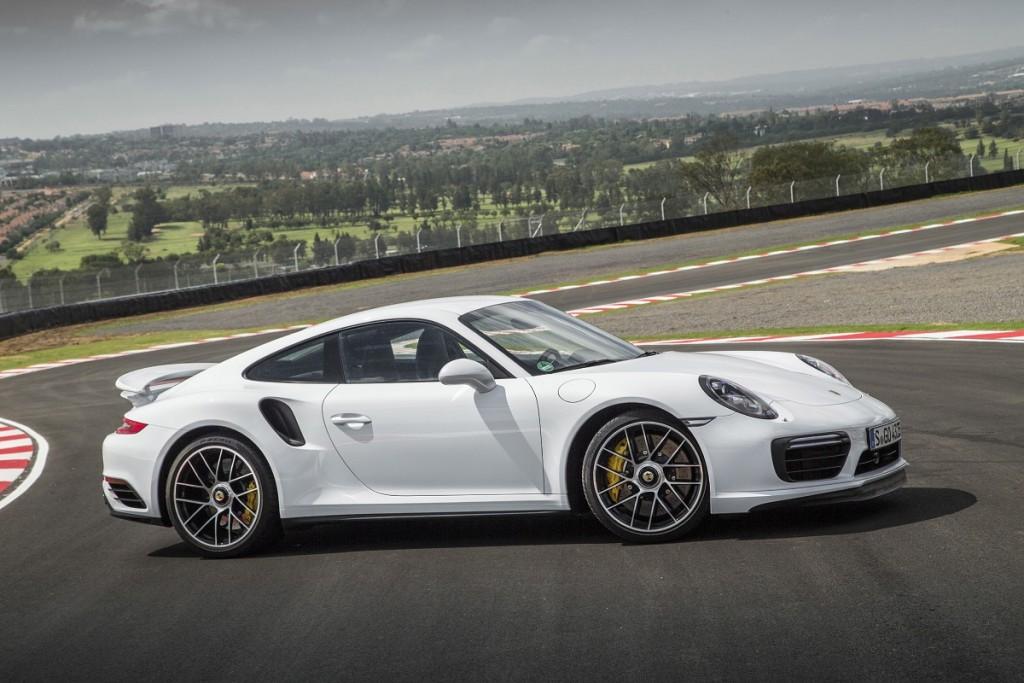 Porsche-911-Turbo-S-2016-Rad-Ab-Com (2)