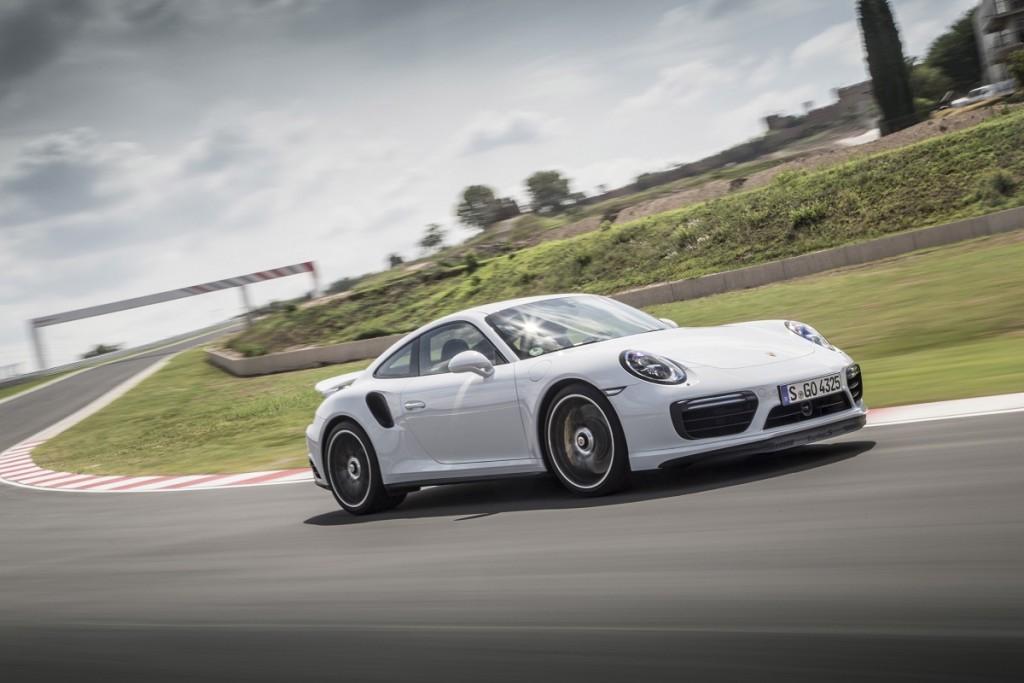 Porsche-911-Turbo-S-2016-Rad-Ab-Com (6)