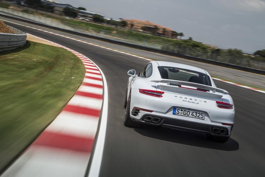 Porsche-911-Turbo-S-2016-Rad-Ab-Com (7)