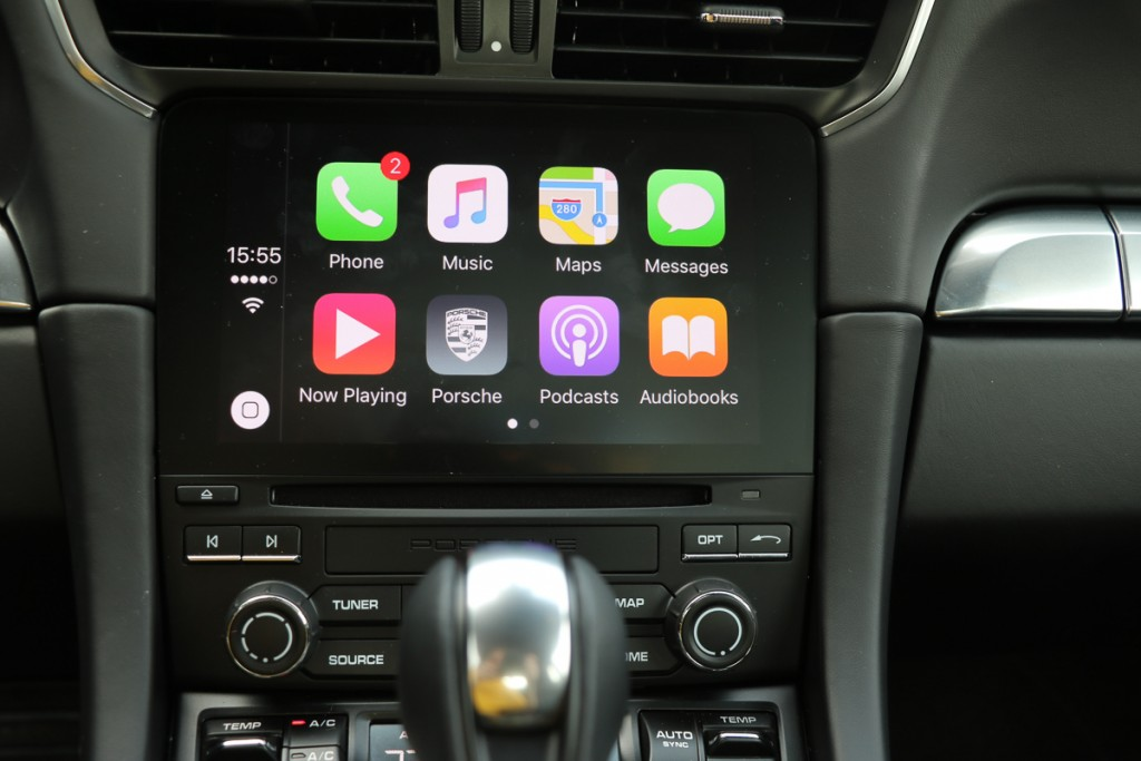 porsche-911-turbo-s-test-apple-carplay-mobilegeeks-jens-stratmann-10