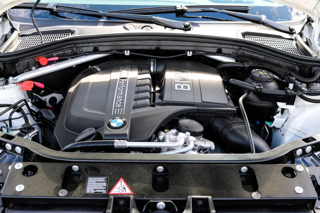 BMW X4 M40i Fahrbericht - Test - Preis - Fakten