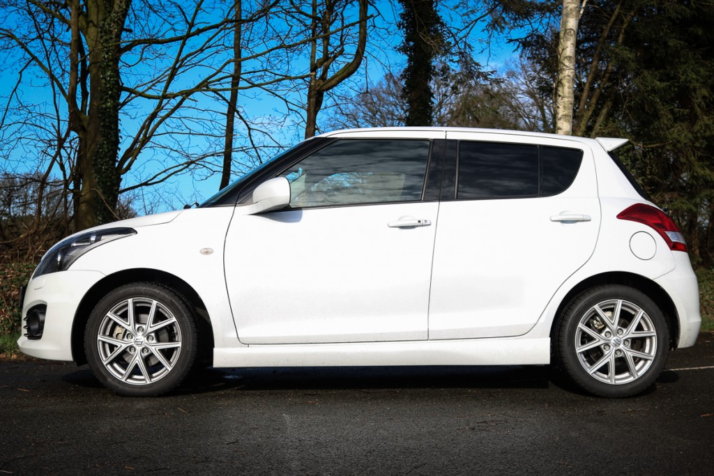 2016-Suzuki-Swift-Sport-3