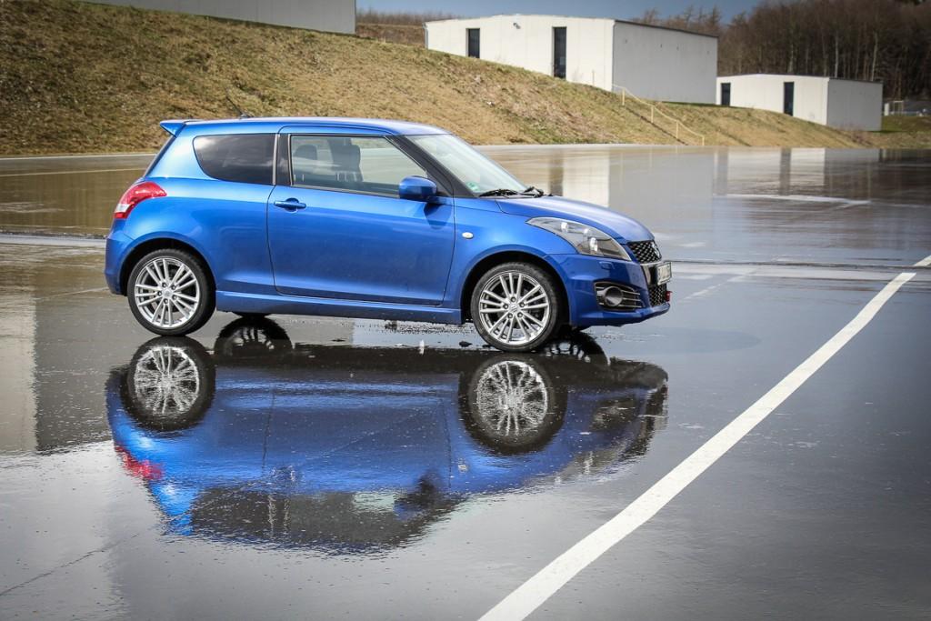 2016-Suzuki-Swift-Sport-Mario-von-Berg-Erfahrungsbericht-Langzeittest-Test-Fahrbericht-1