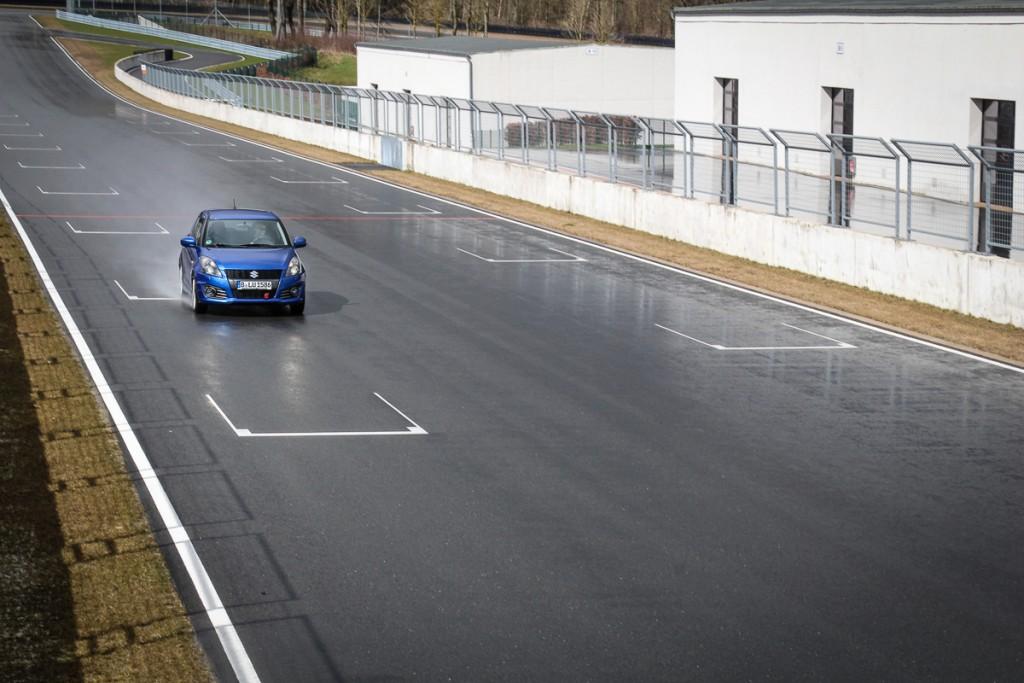 2016-Suzuki-Swift-Sport-Mario-von-Berg-Erfahrungsbericht-Langzeittest-Test-Fahrbericht-2