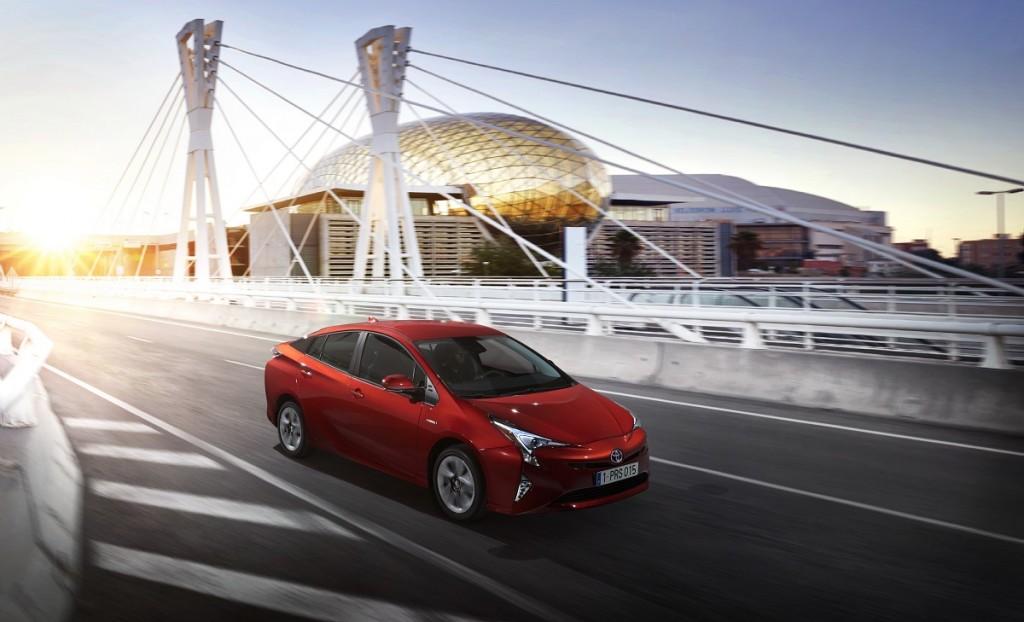 Toyota-Prius-Sicherheit-5-Sterne-Wertung-2016-Rad-Ab-Com