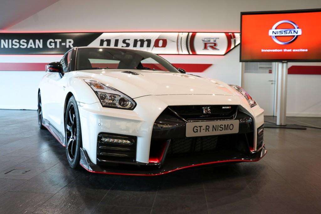 2017-nissan-gt-r-nismo-premiere-24-stunden-rennen-nuerburgring-2