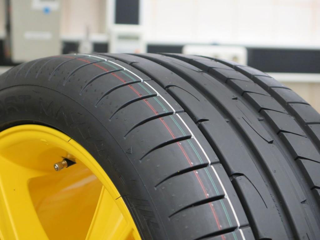 Dunlop-Reifen-Spezial-52