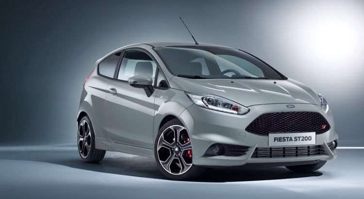 Ford-Fiesta-Geburtstag-40-Jahre-Geschichte-Rad-Ab-Com