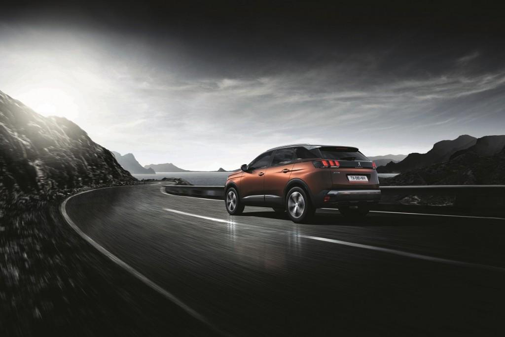 Peugeot-3008-SUV-2016-Rad-Ab-Com (3)