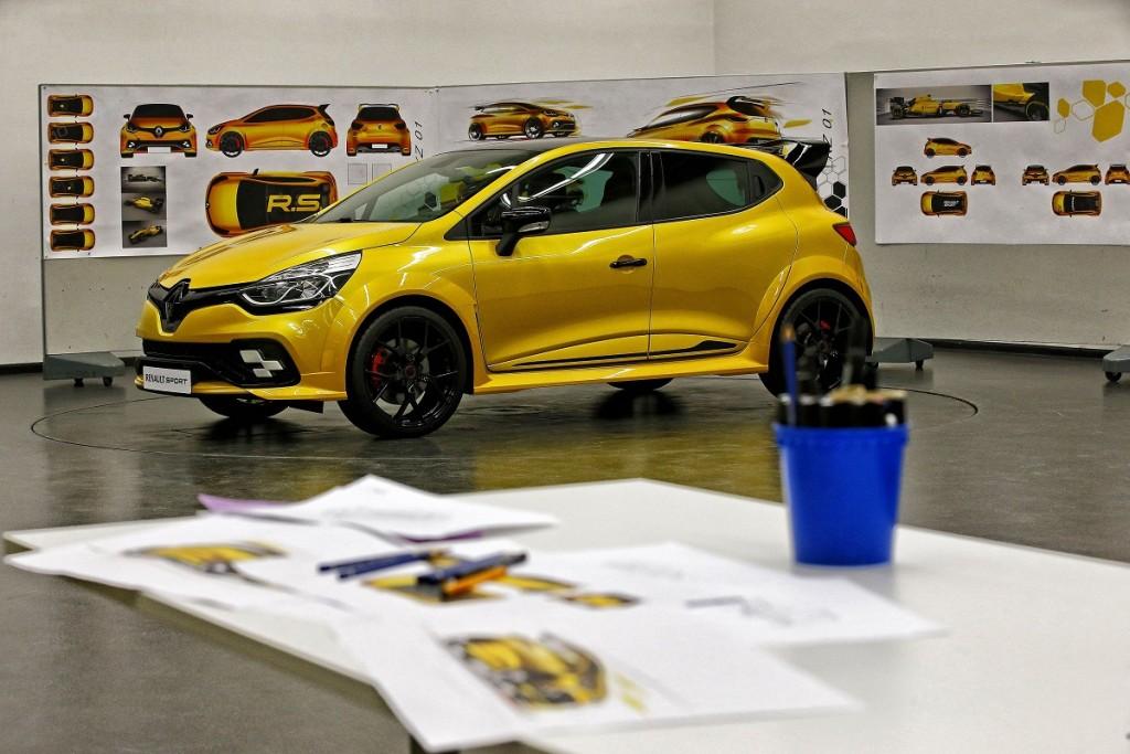 Renault-Clio-RS-2016-Rad-Ab-Com (1)