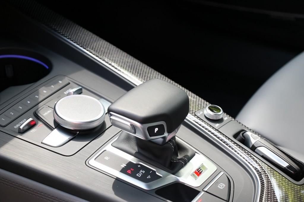 2016-audi-s4-fahrbericht-test-review-avant-limousine-rot-blau-rad-ab-com-21