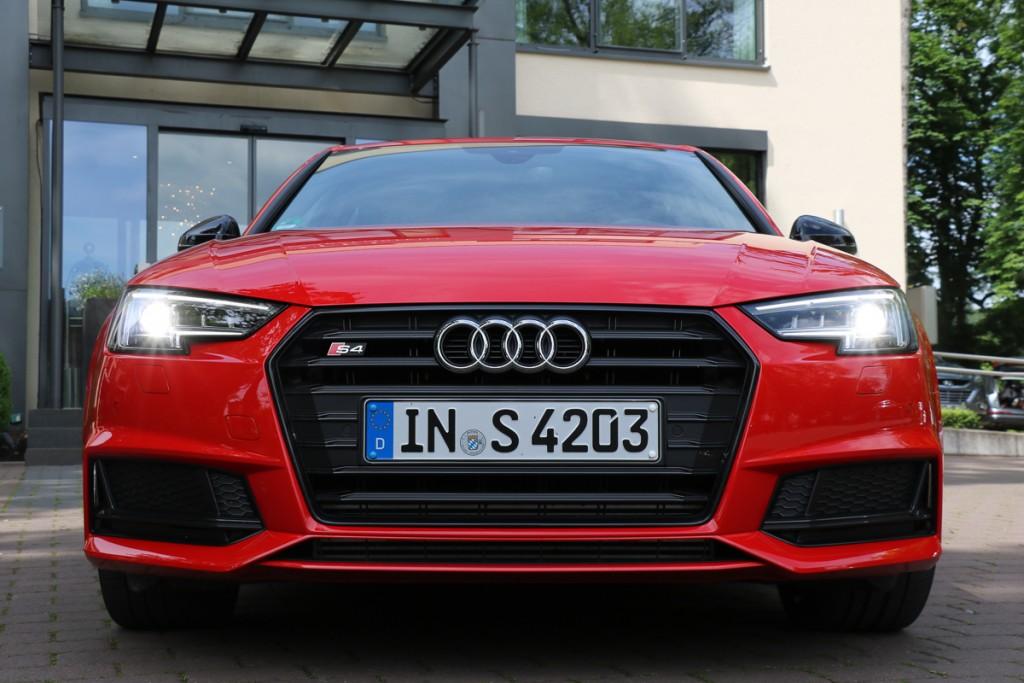 2016-audi-s4-fahrbericht-test-review-avant-limousine-rot-blau-rad-ab-com-24