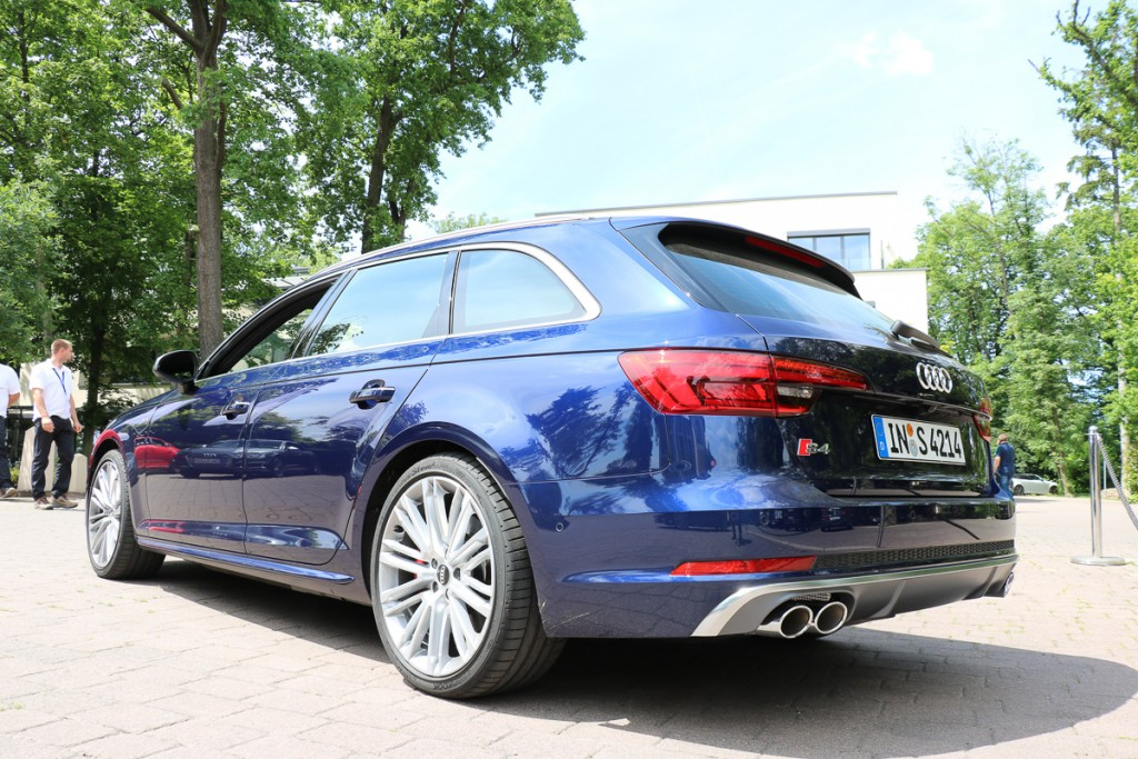2016-audi-s4-fahrbericht-test-review-avant-limousine-rot-blau-rad-ab-com-7
