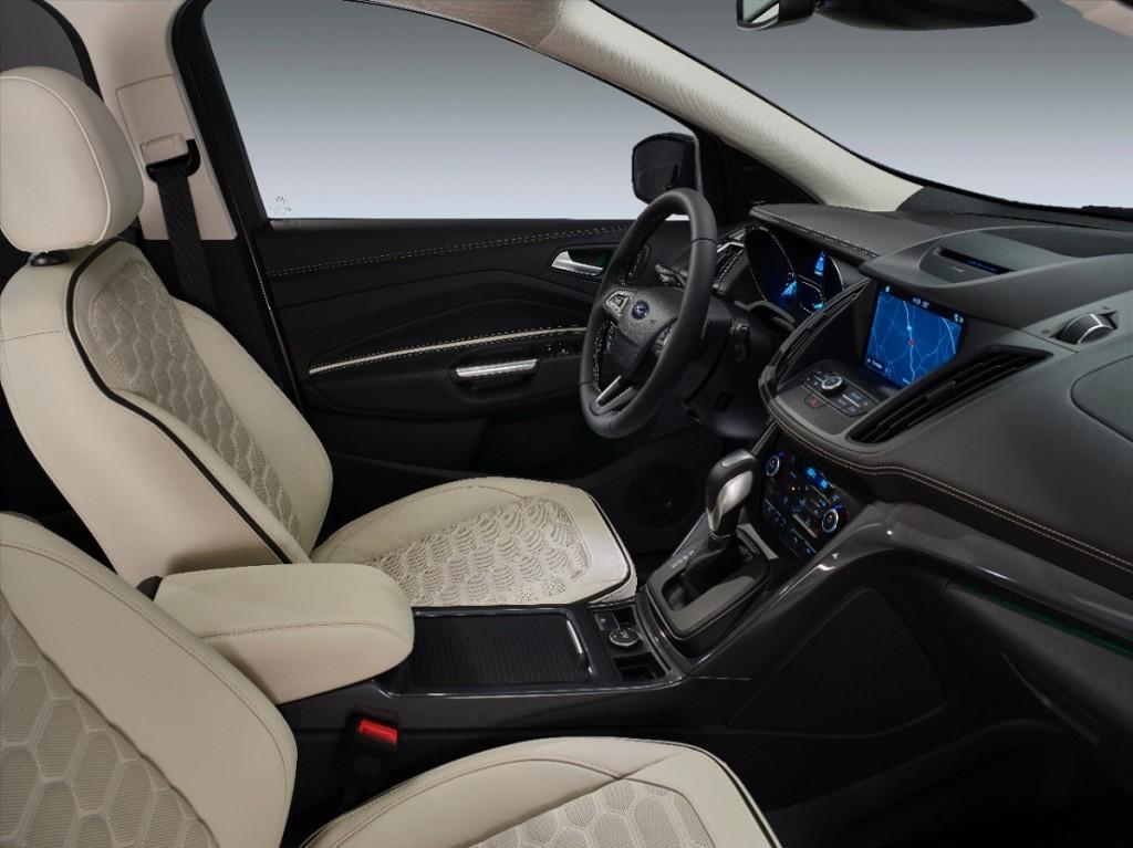 Ford-Kuga-Vignale-SUV-2016-Rad-Ab-Com (1)