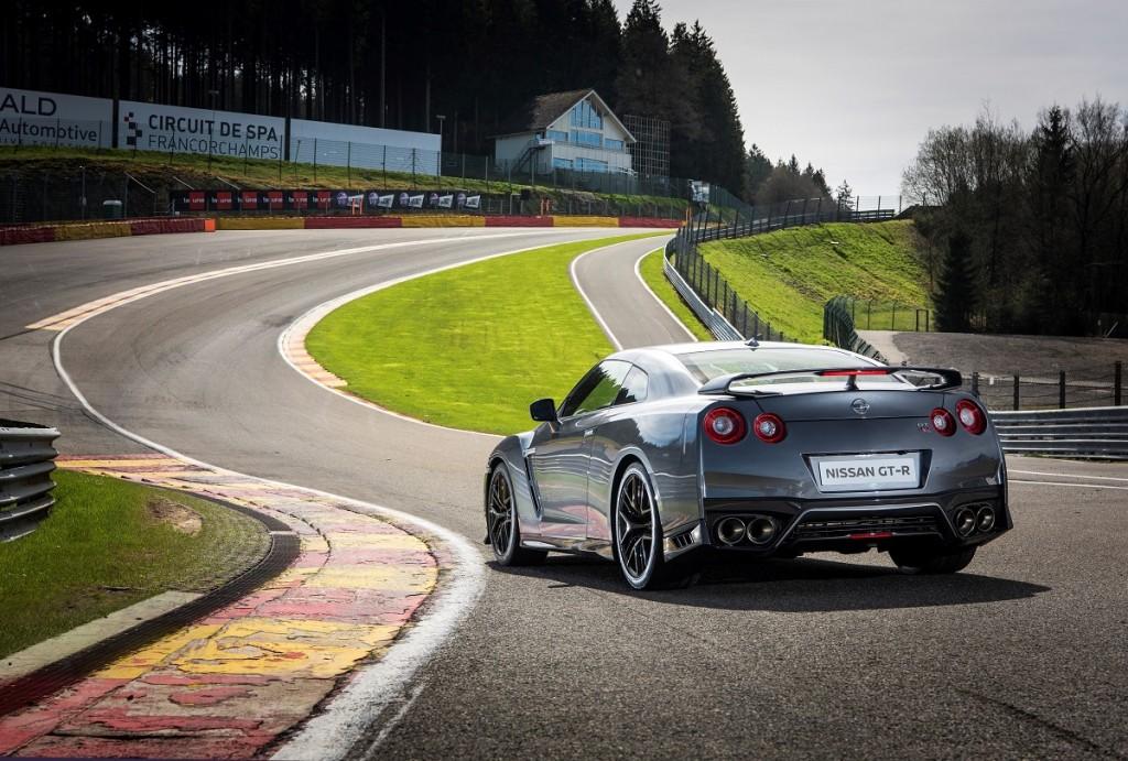 Nissan-GT-R-Sportwagen-Facelift-2016-Rad-Ab-Com (4)