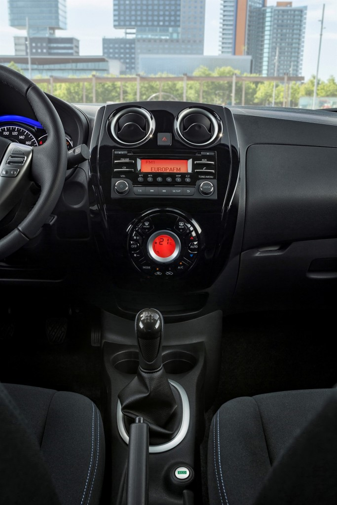 Nissan-Note-Black-Microvan-Sondermodell-2016-Rad-Ab-Com (3)