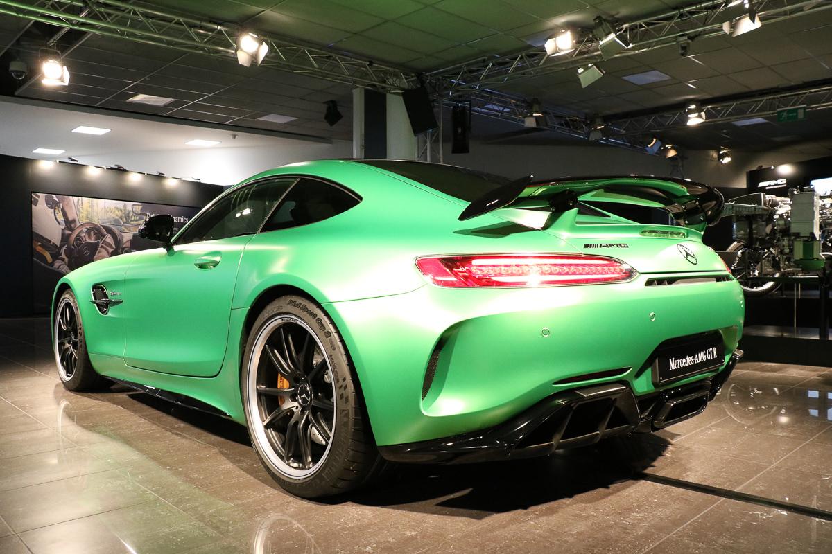 Mercedes Amg Gtr >> Weltpremiere: Mercedes AMG GTR | Fotos & Fakten | rad-ab.com