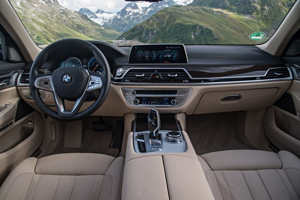 BMW-7er-740e-iPerformance-2016-Rad-Ab (5)