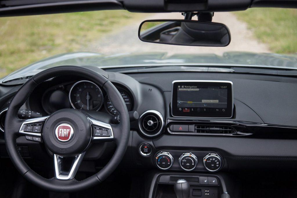 Fiat-124-Spider-Roadster-Fahrbericht-2016-Rad-Ab (8)