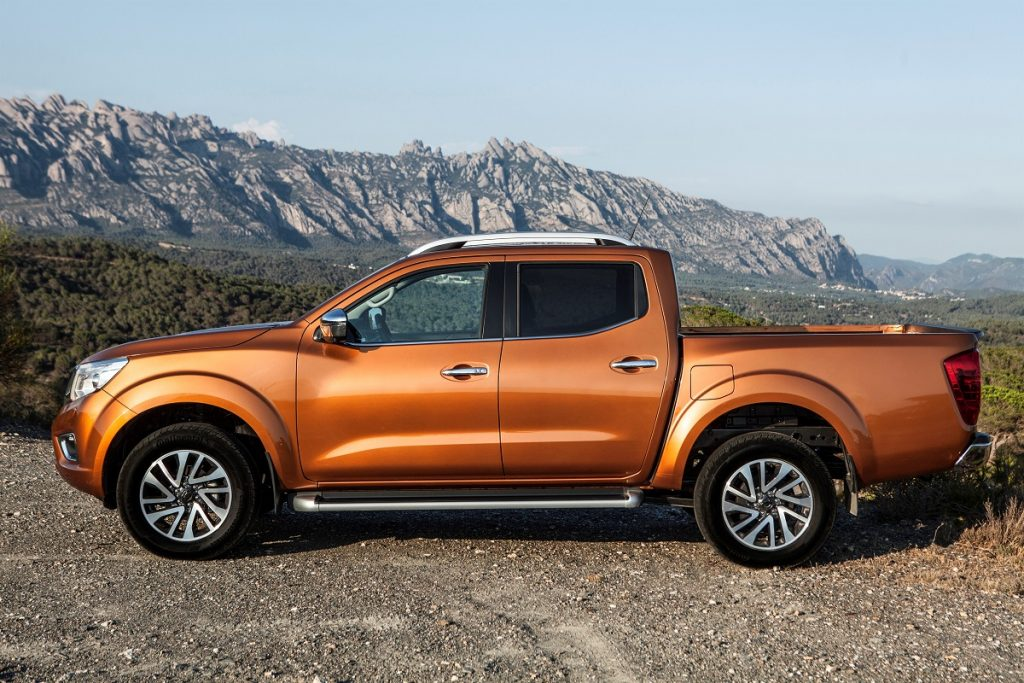 Nissan-Navara-Euro-6-Diesel-2016-Rad-Ab (1)