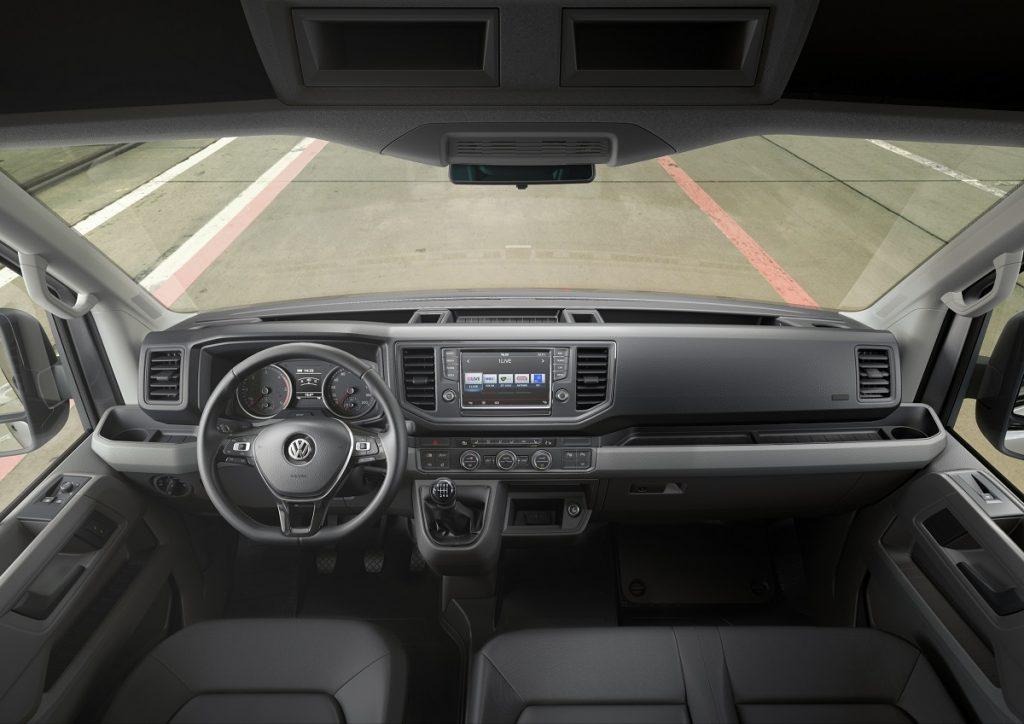 VW-Volkswagen-Crafter-Hannover-Nutzfahrzeug--IAA-2016-Rad-Ab (5)
