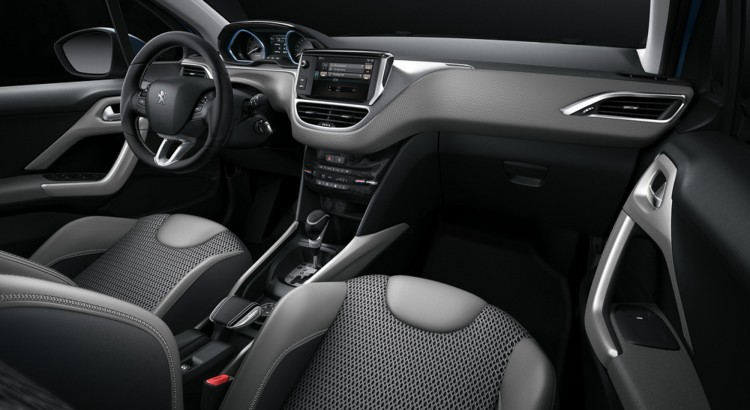 peugeot 2008 highlights: grip control - i-cockpit und mirror screen