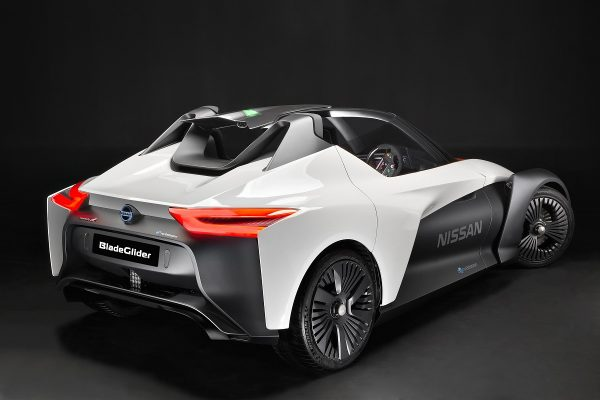 Nissan-Blade-Glider-Elektro-Concept-2016-Rad-Ab (5)