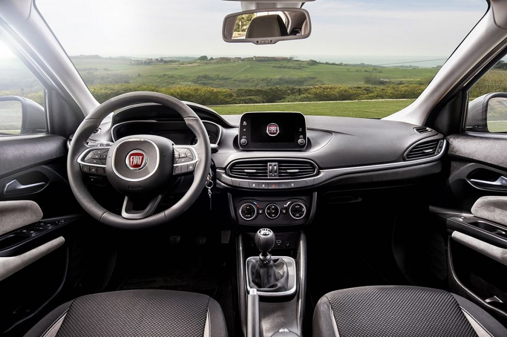 Fiat-Tipo-Station-Wagon-2016-Rad-Ab (4)