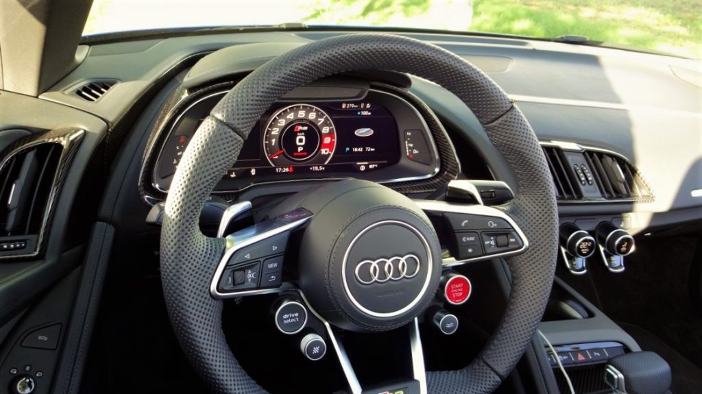 audi r8 spyder fahrbericht soundmachine rad. Black Bedroom Furniture Sets. Home Design Ideas