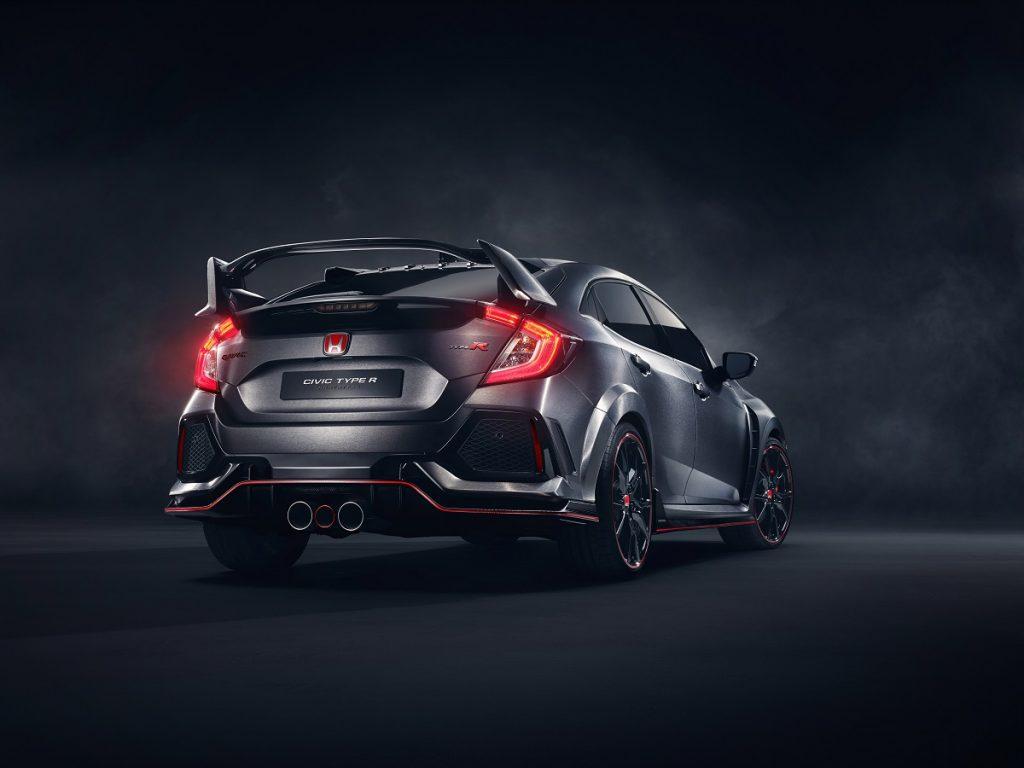 Beflügelt: Typischer Spoiler am Heck des Honda Civic Type R