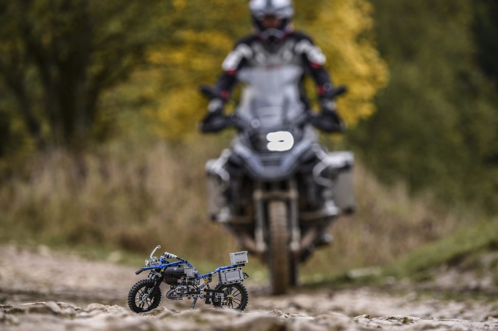 bmw-r-1200-gs-adventure-lego-technik-2016-rad-ab-com-2
