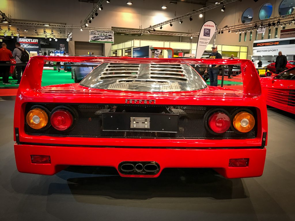 ferrari-f40-highlights-essen-motorshow-2016-3