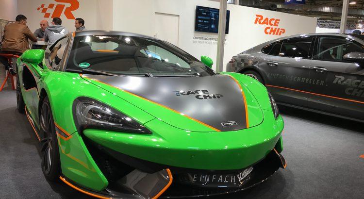 racechip-mclaren-porsche-panamera-tuning-highlights-essen-motorshow-2016-3