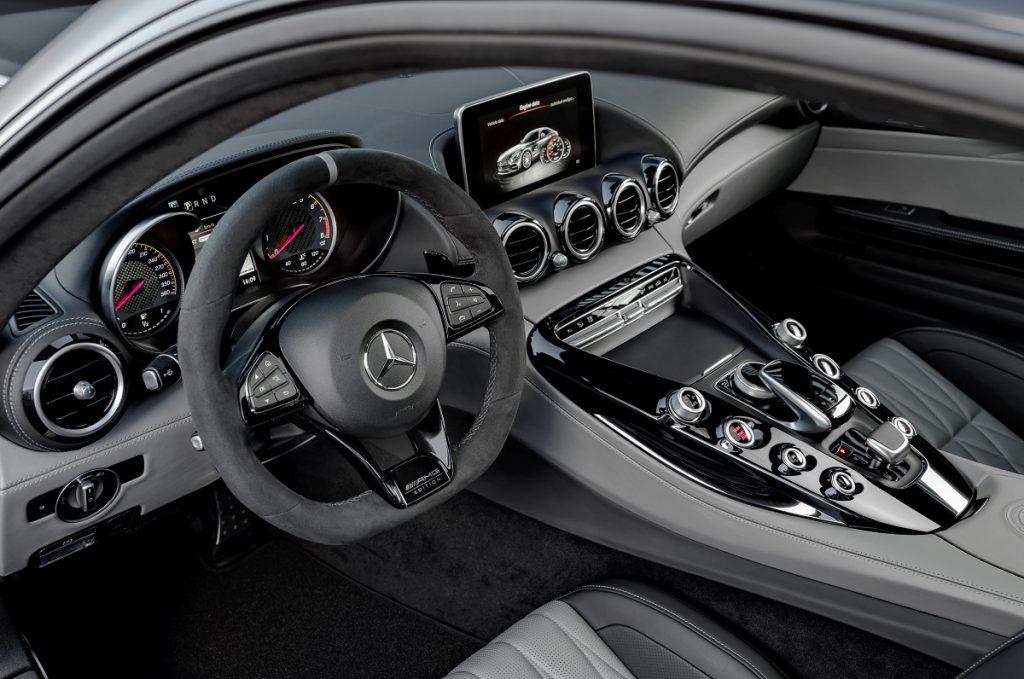 Schwarz-grauer Innenraum exklusiv für den Edition 50