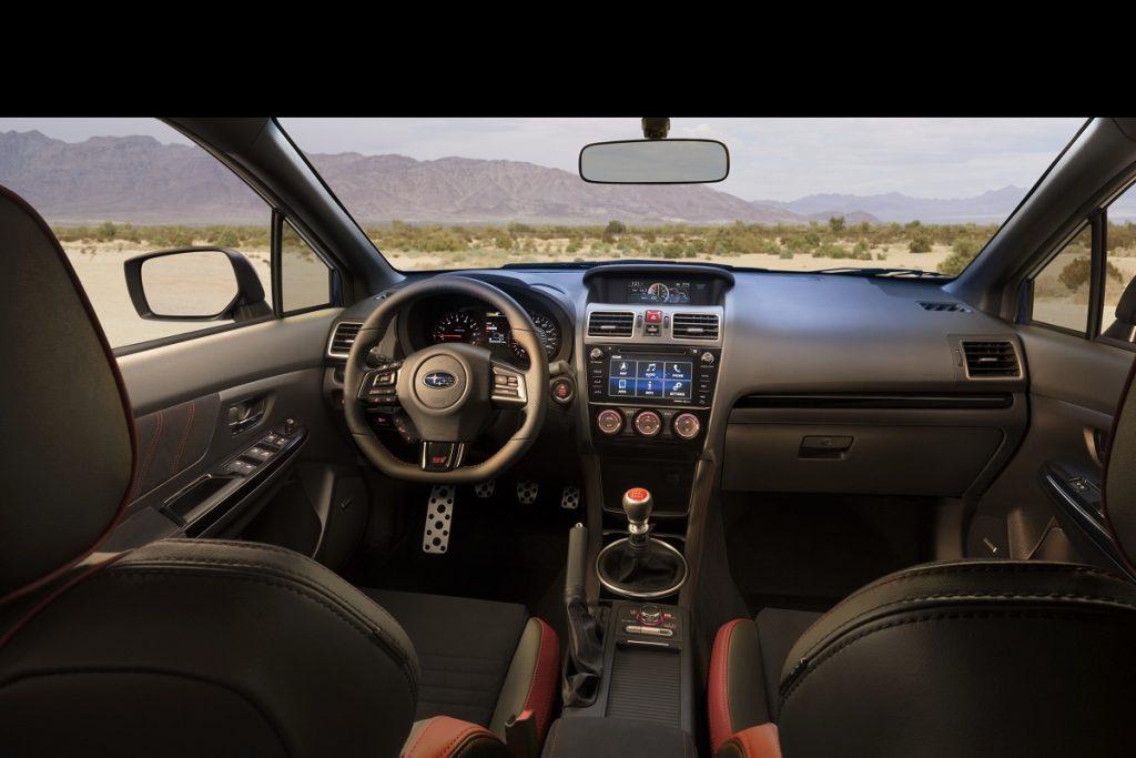 Mehr Komfort und Assistenzsysteme im Cockpit des Subaru WRX STI