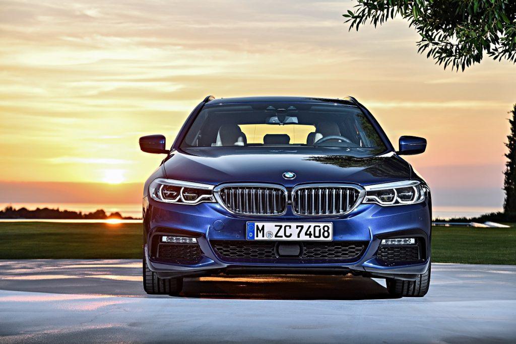 Den autoritären Blick teilt sich der BMW 5er Touring mit der Limousine