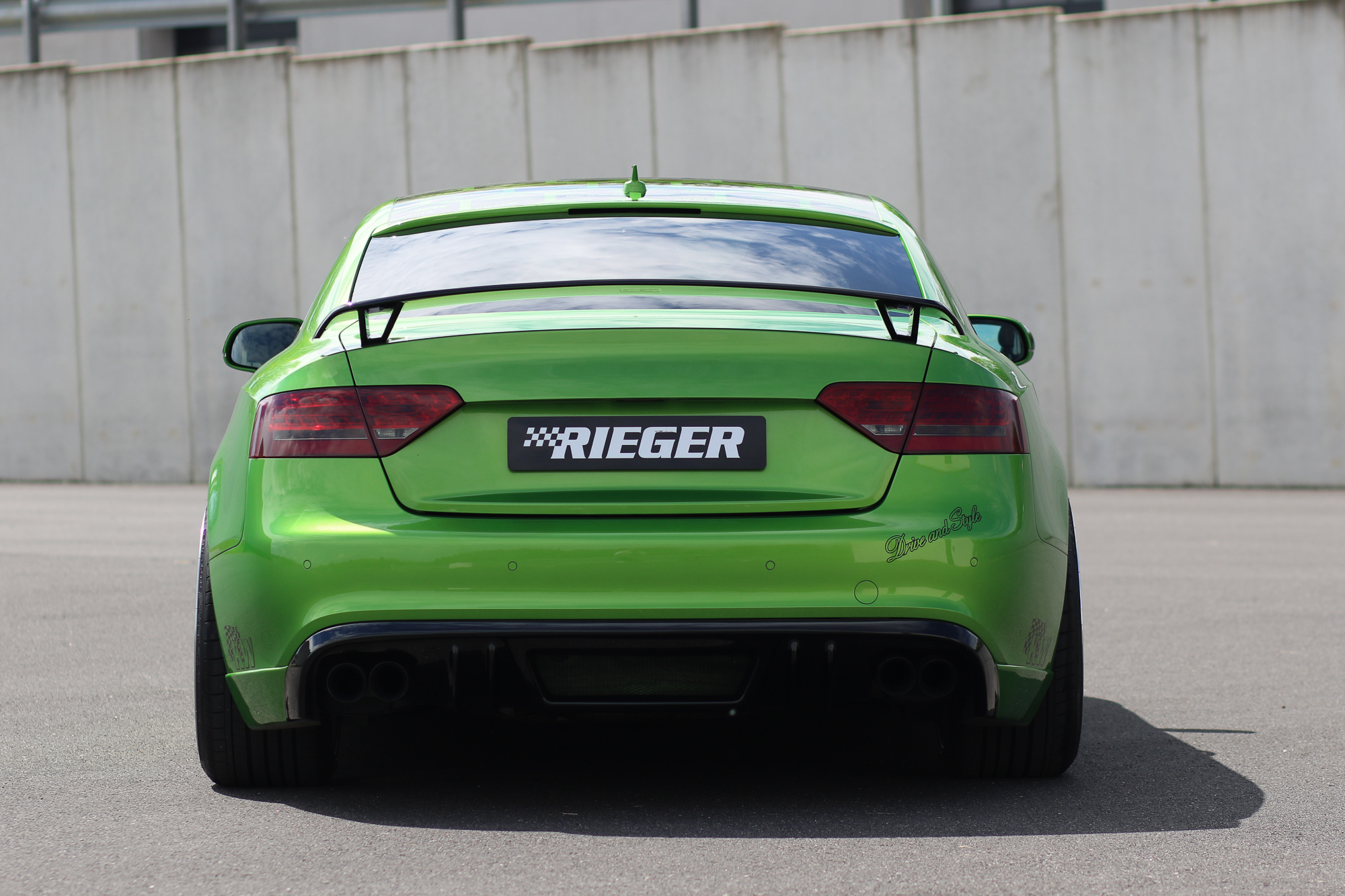 Audi-A5-Coupe-Tuning-Sweet-Green-AusfahrtTV-Tuning-Jens-Stratmann-3.jpg
