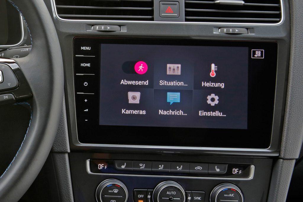 Das Smart Home vom Auto aus steuern - keine Zukunftsmusik mehr!