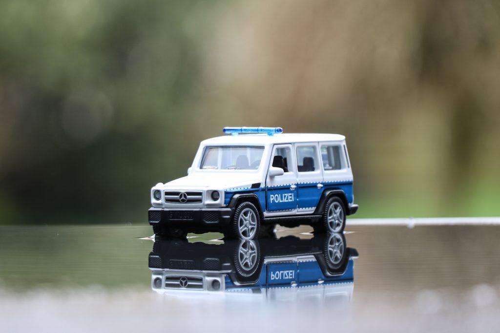 Polizei G-Klasse