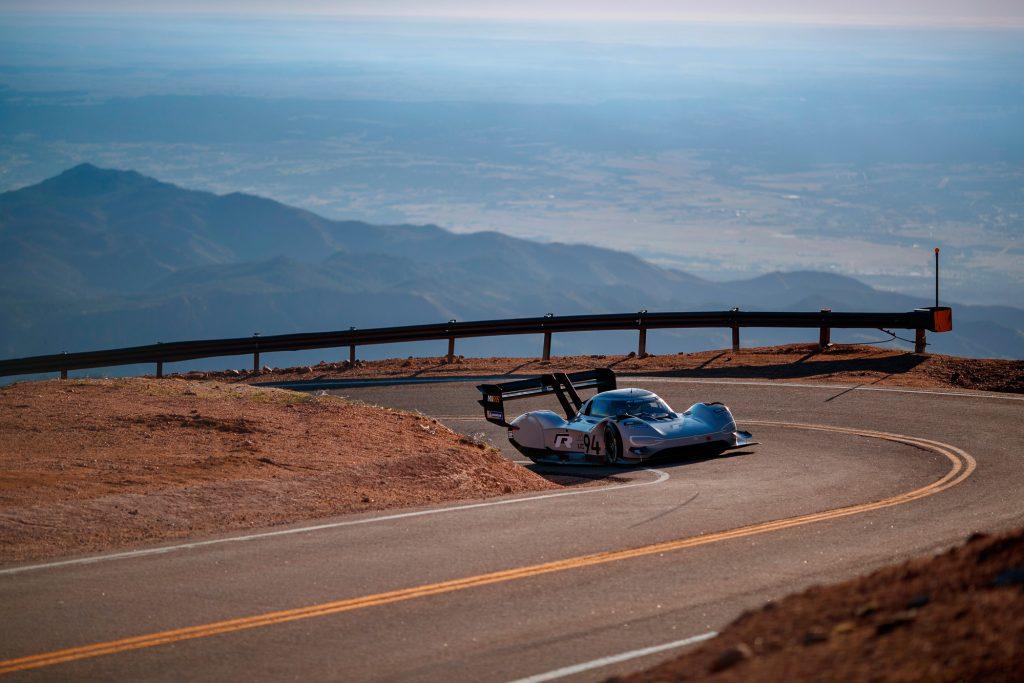 Volkswagen holt sich Elektroauto-Rekord - Pikes Peak Hill Climb 2018